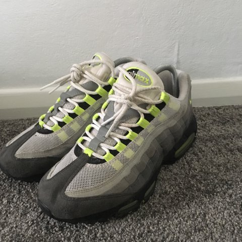 low priced 8aa8d e82e6  frankie2717. 2 years ago. Folkestone, UK. Size 6 og grey neon Nike air max  95 ...