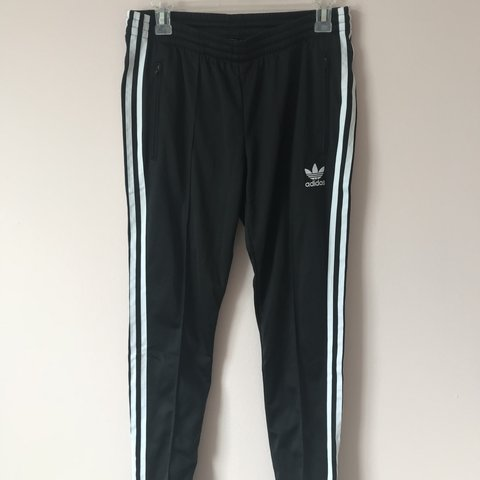 4a7355c34129  valiern. 10 months ago. United States. Adidas Superstar Joggers