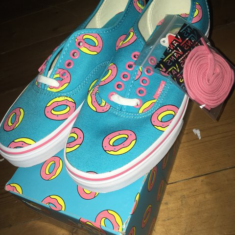 fb430867982c NEED GONE Size 6 Tyler the creator OF donut vans