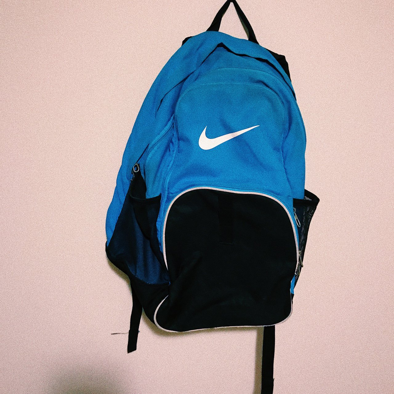 29a441b566 Blue  nike backpack good condition 3 pockets