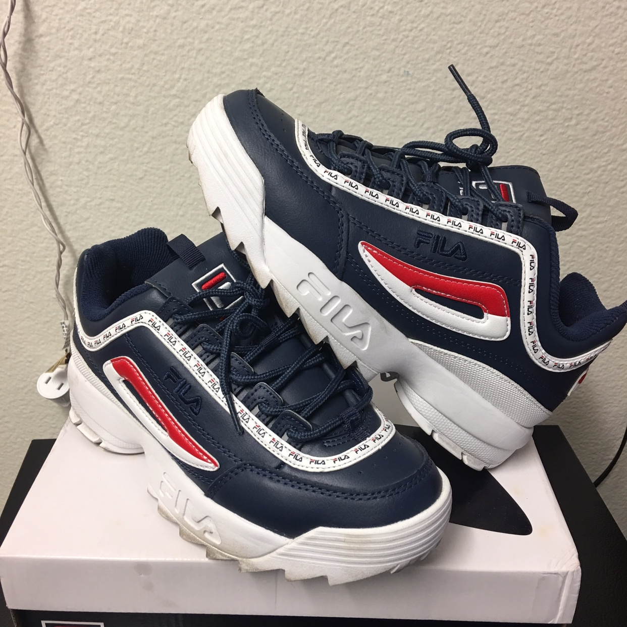 FILA DISRUPTOR 2 navy blue, red, and