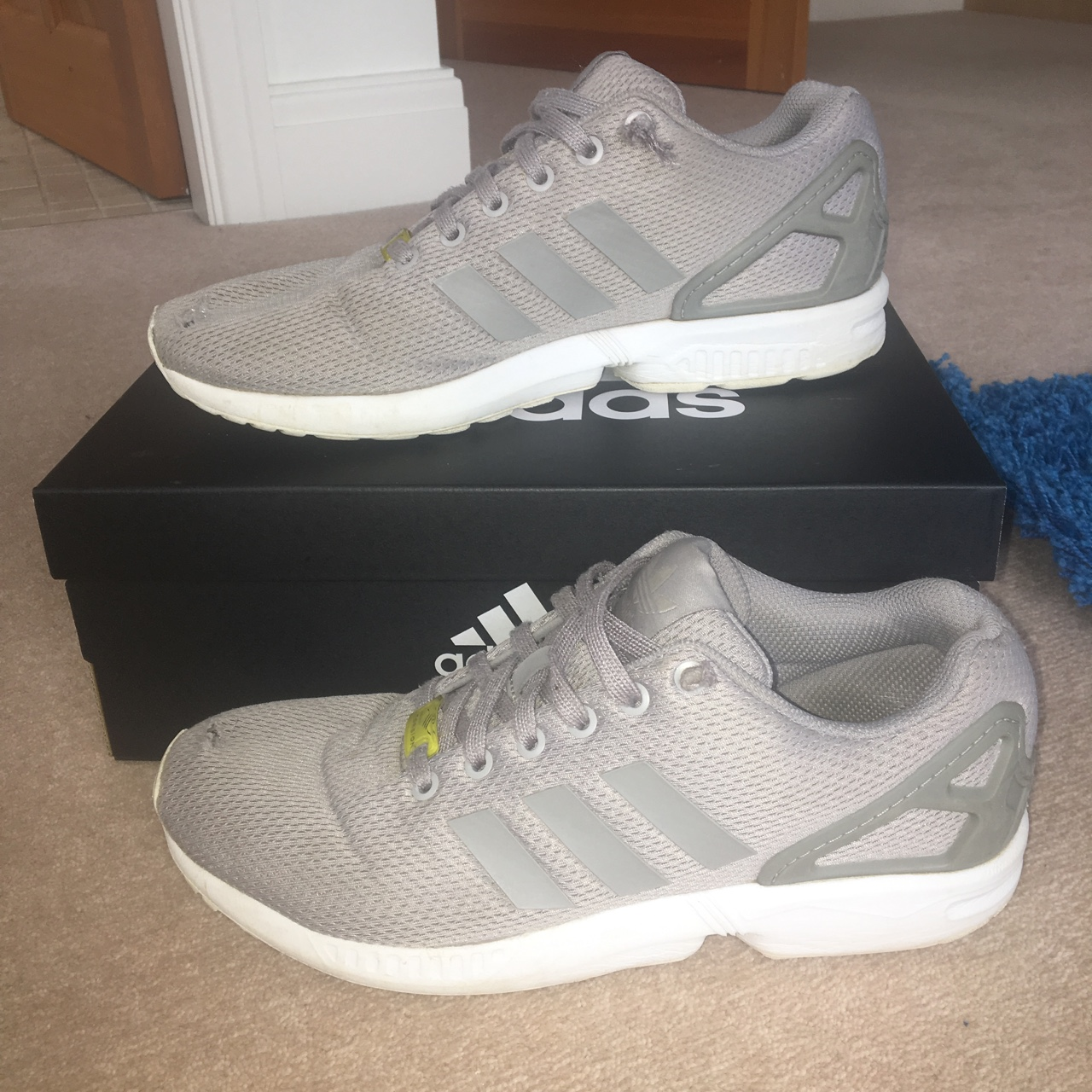 purchase cheap c24dc ec5b4 Adidas Zx flux 6/10 condition Holes by big toe - Depop