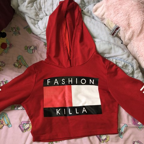 4844ab29aa9d46 @weirdaafsold. 7 months ago. New York, United States. Fashion killa Tommy  Hilfiger cropped hoodie