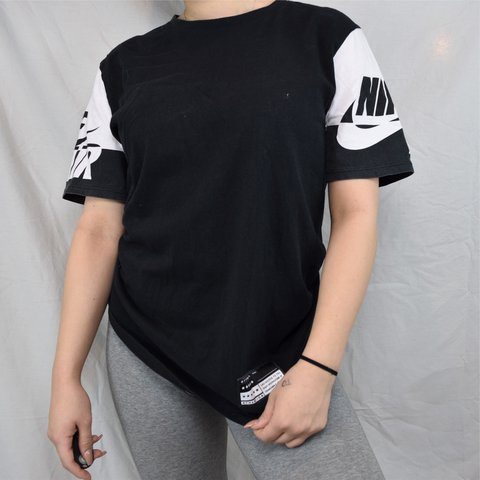 2f5d1507 Black and white nike air shirt 🖤 - $12CAD 🖤 - Great in + - Depop