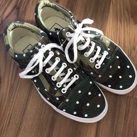 f6d812b20e53 Brand new old skool vans polka dots camo uk 5   eur 38 . too - Depop
