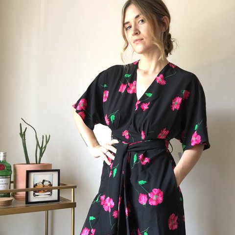 b09b5664c619 Lovely floral jumpsuit from Zara that I bought for a wedding - Depop