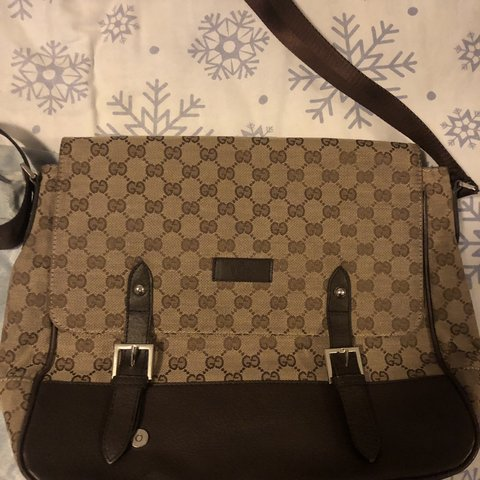 3d4d01af896e49 @youngkilroy. 2 months ago. Jersey City, United States. Gucci GG Canvas  Messenger bag. Condition 9/10 TAKING OFFERS.