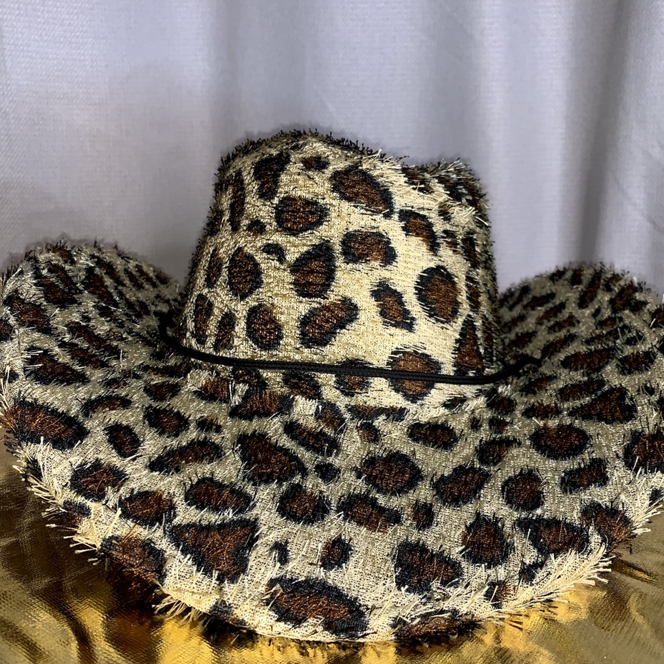 Leopard cowboy hat with texture Fuzzy fabric Has    - Depop
