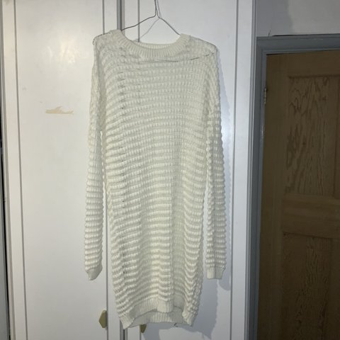 2fa6d40daf2cb2 @simbiat1. 2 months ago. Hayes, United Kingdom. White/Cream oversized knitted  jumper ...