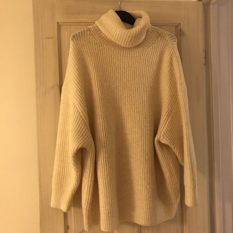 9253591d @zaneybee. last year. London, United Kingdom. Zara oversized roll neck  jumper ...