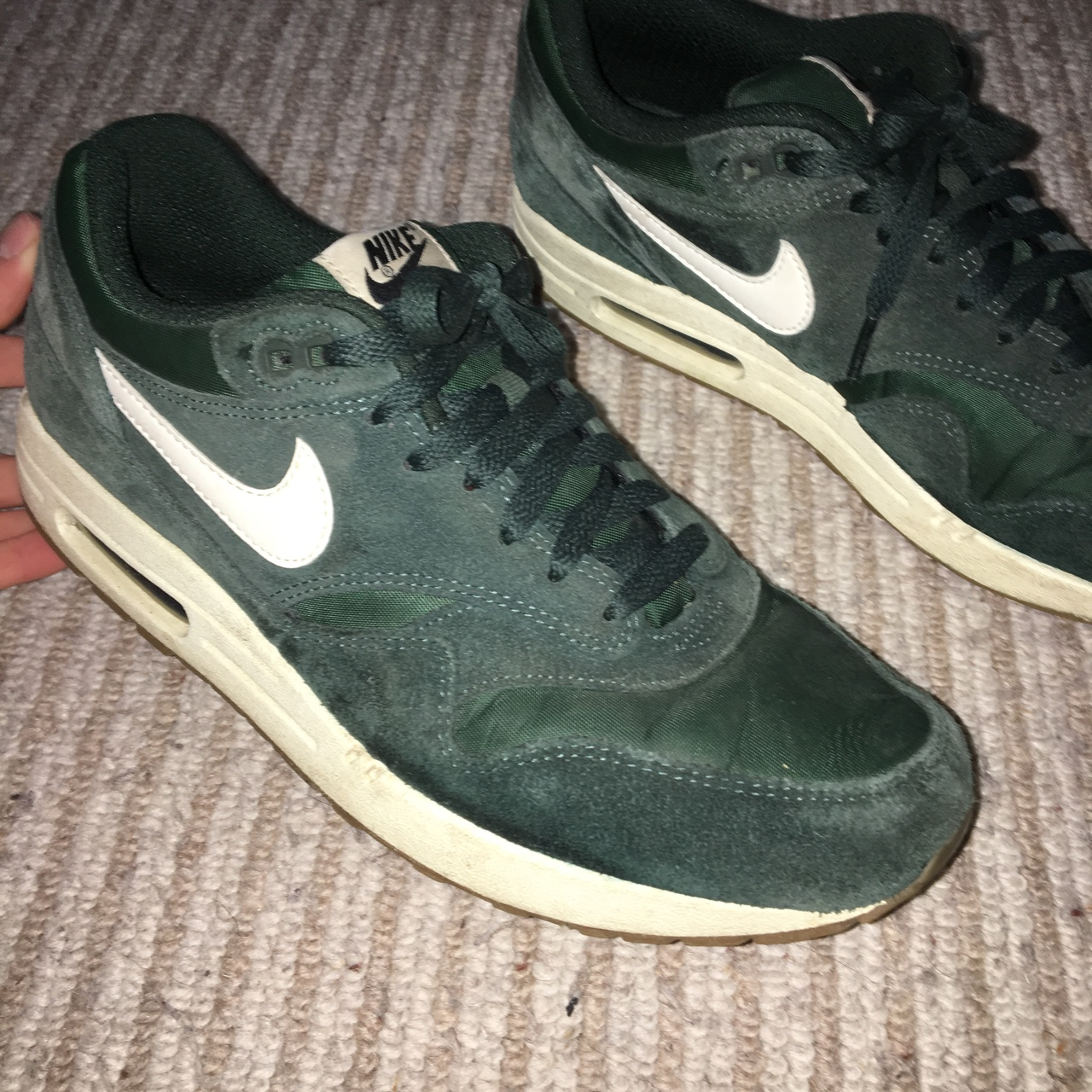 Nike Air Max 1. Dark green suede with