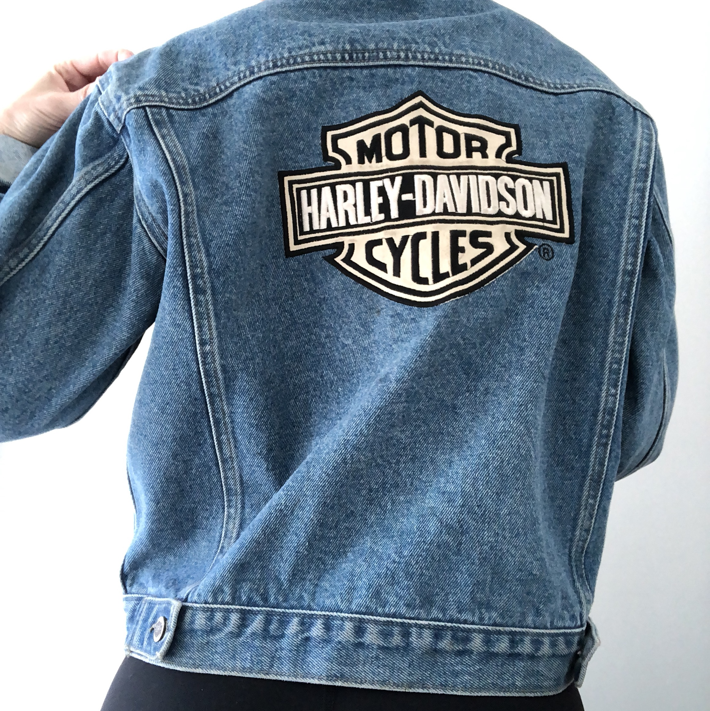 1725ba237298 Authentic Harley Davidson vintage jean jacket! Marked a L so - Depop