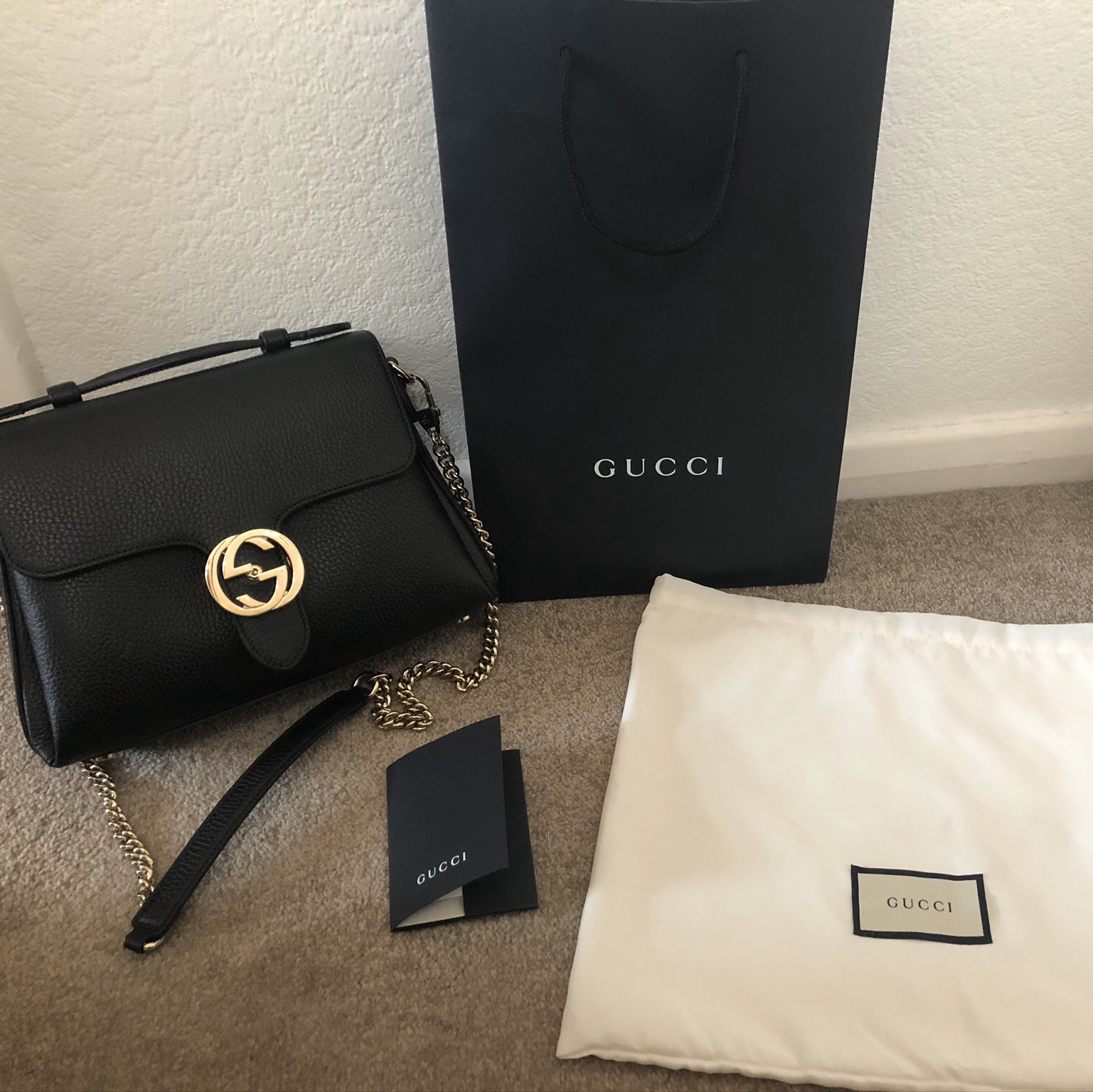 GUCCI CROSS BODY BLACK TEXTURED LEATHER BAG