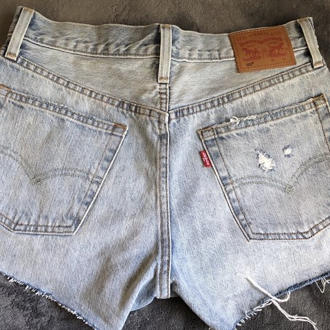 495f72dbd9 $4.5 SHIPPING 501 high waisted levis shorts perfect only - Depop