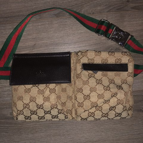 bb74cb8866e4 Gucci monogram fanny pack in great condition. 2 front Left - Depop