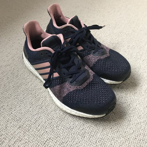 e4a28058703b2 Adidas ultra boost running trainers Size uk 6 Blue and a - Depop