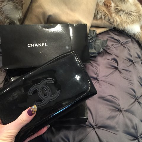 fa4c455bc0ec @princesstam. 4 years ago. Southwest Ranches, United States. Reduced !! ❌❌ Authentic vinal Chanel fanny pack.