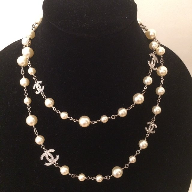 3a7de66b2 100% Authentic Chanel pearl necklace with crystal on both of - Depop