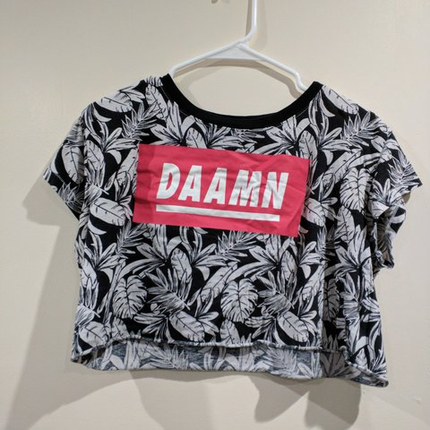 4fb367d90b89 FREE SHIPPING Loose fitting crop top. Great condition will t - Depop