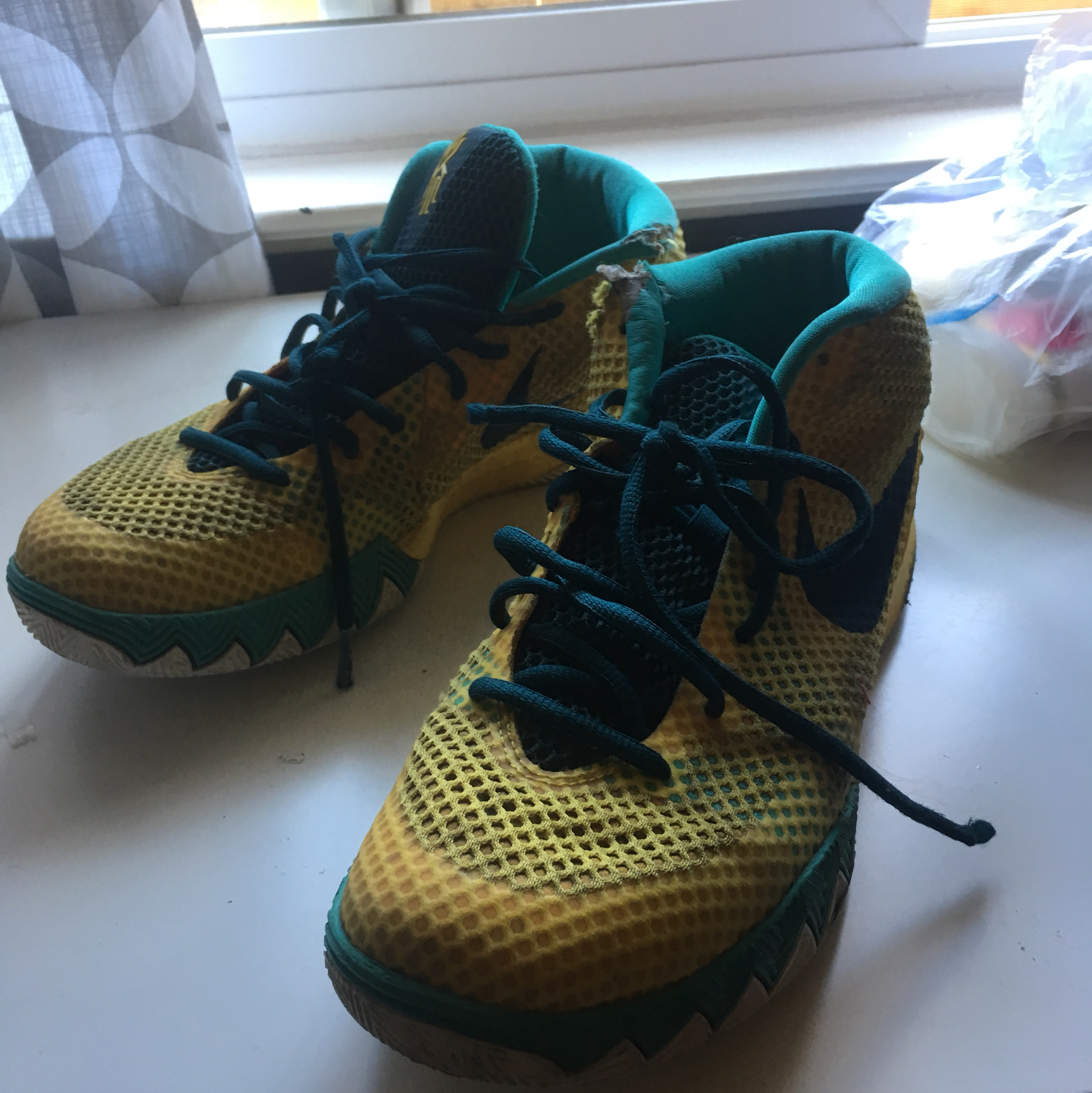 in stock c6671 136ae Nike Kyrie 1 Tour yellow size 10.5 used 6/10 Supreme... - Depop