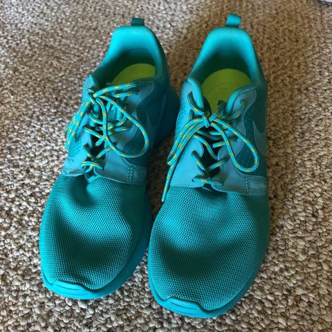 66287c2b2adcd Excellent condition Nike Roshe Run all teal color women s - Depop