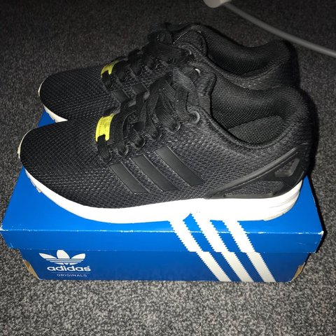 3c5efecba Adidas zx flux Size 5 9 10 condition £20 included before - Depop