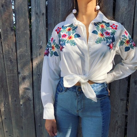 af50190d @rustyrust. 9 months ago. Los Angeles, United States. Vintage floral embroidered  button up blouse.
