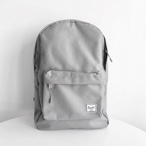 bf7a9305c43  tiffanyyincy. 14 days ago. United States. HERSCHEL Supply Co Classic  Backpack