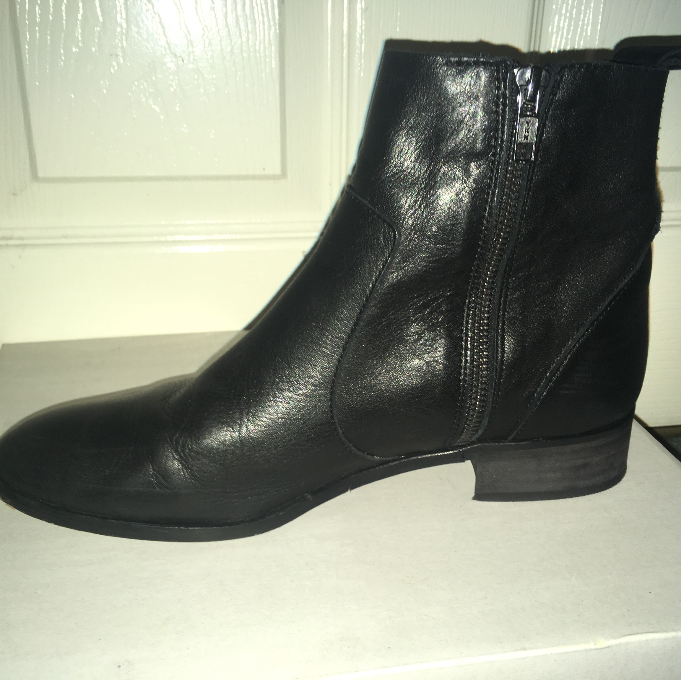 Office Ashleigh flat ankle boots Size