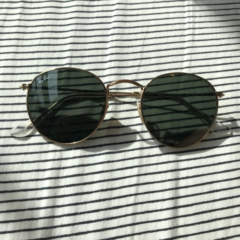 5257936352 Ray Bans round metal sunglasses with gold trim and green 001 - Depop