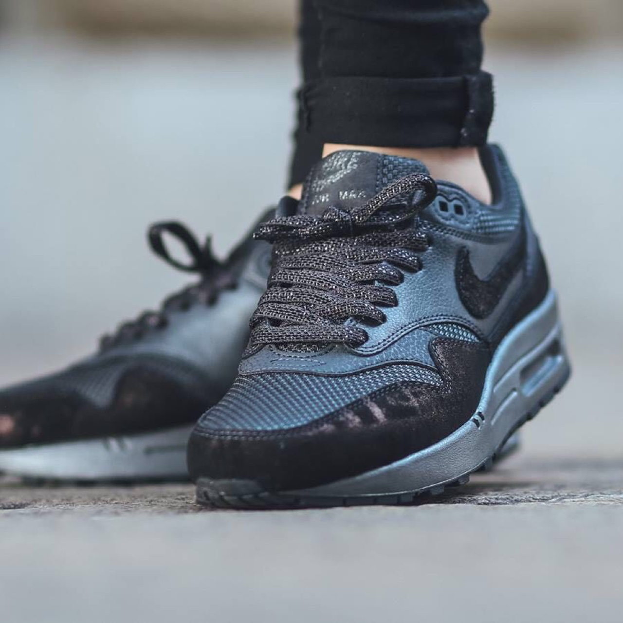 nike air max 1 premium anthracite