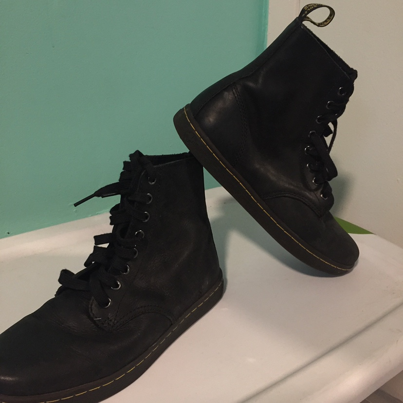 4702ab8d6a2 Dr Martens Tobias boots great condition I bought... - Depop