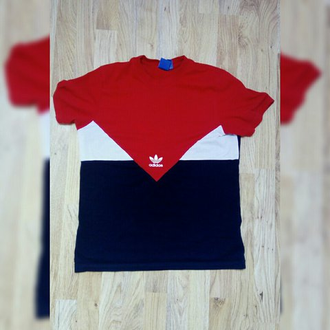 4cdc3de9 @samanthamiddleton51. last year. County Donegal, Ireland. ADIDAS red/white/blue  Adidas t-shirt. Great condition. Size UK S