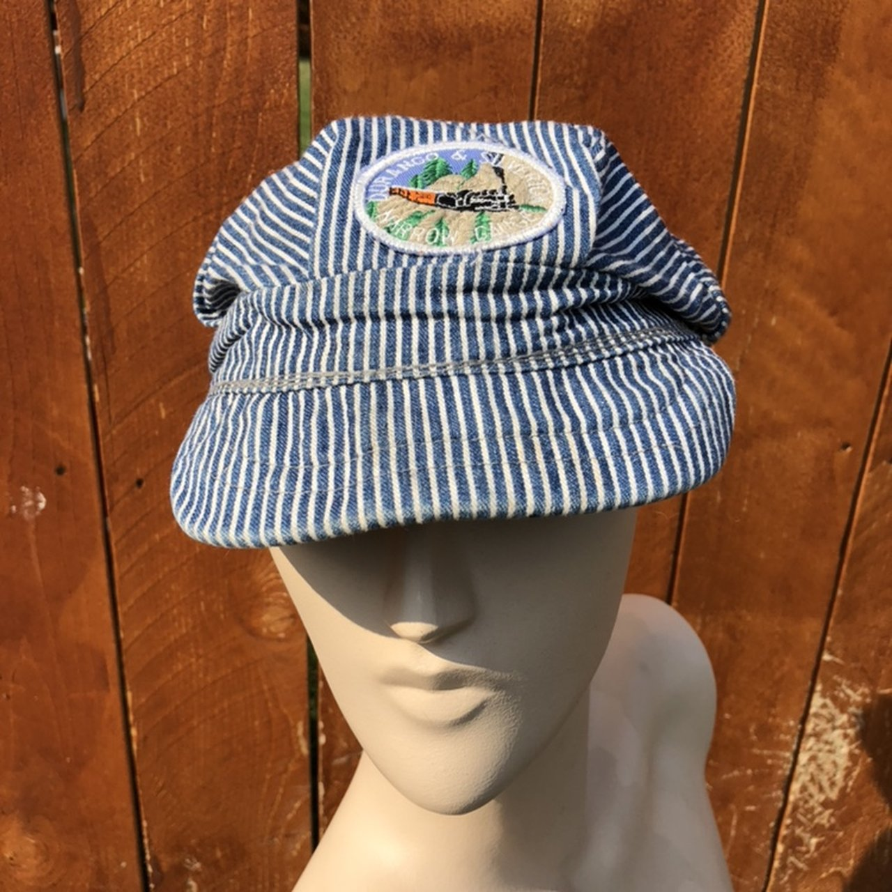 b21fe8a40de Durango   Silverton conductors hat! Stretchy back makes for - Depop