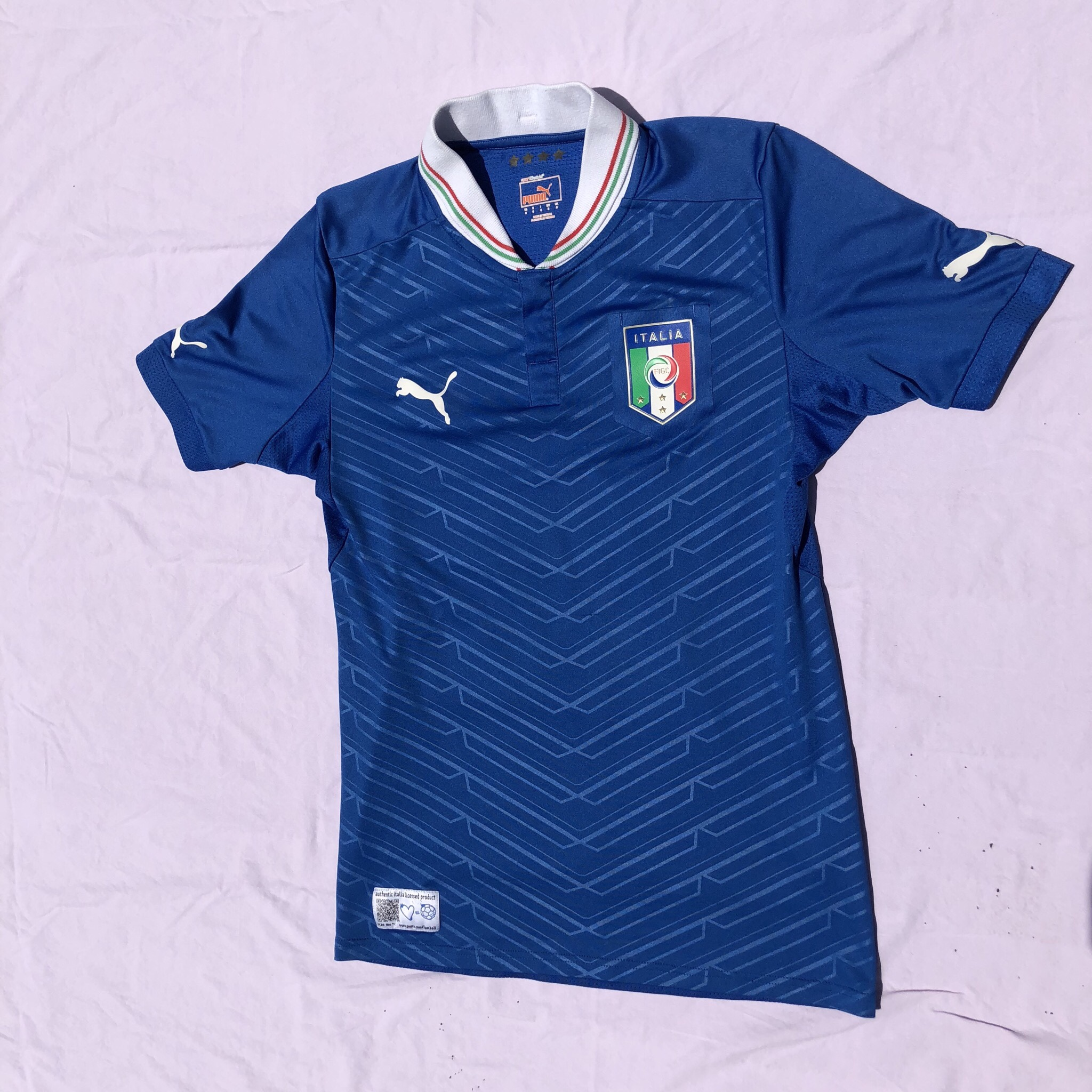 new product f3911 8240b Italy National Team Soccer Jersey from 2014. Puma... - Depop