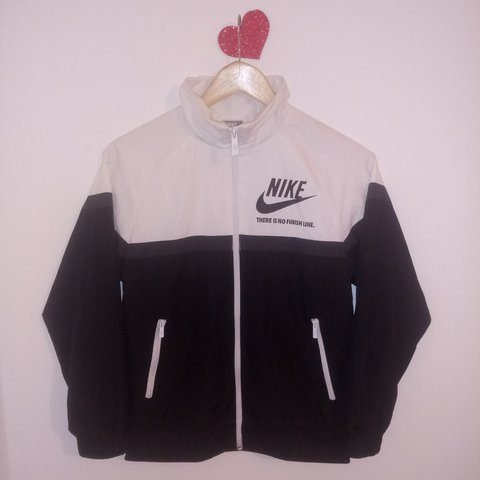 508d91619 @k3at. 2 years ago. London, UK. Vintage oldschool Nike white and black  windbreaker/ jumper / sweatshirt ...