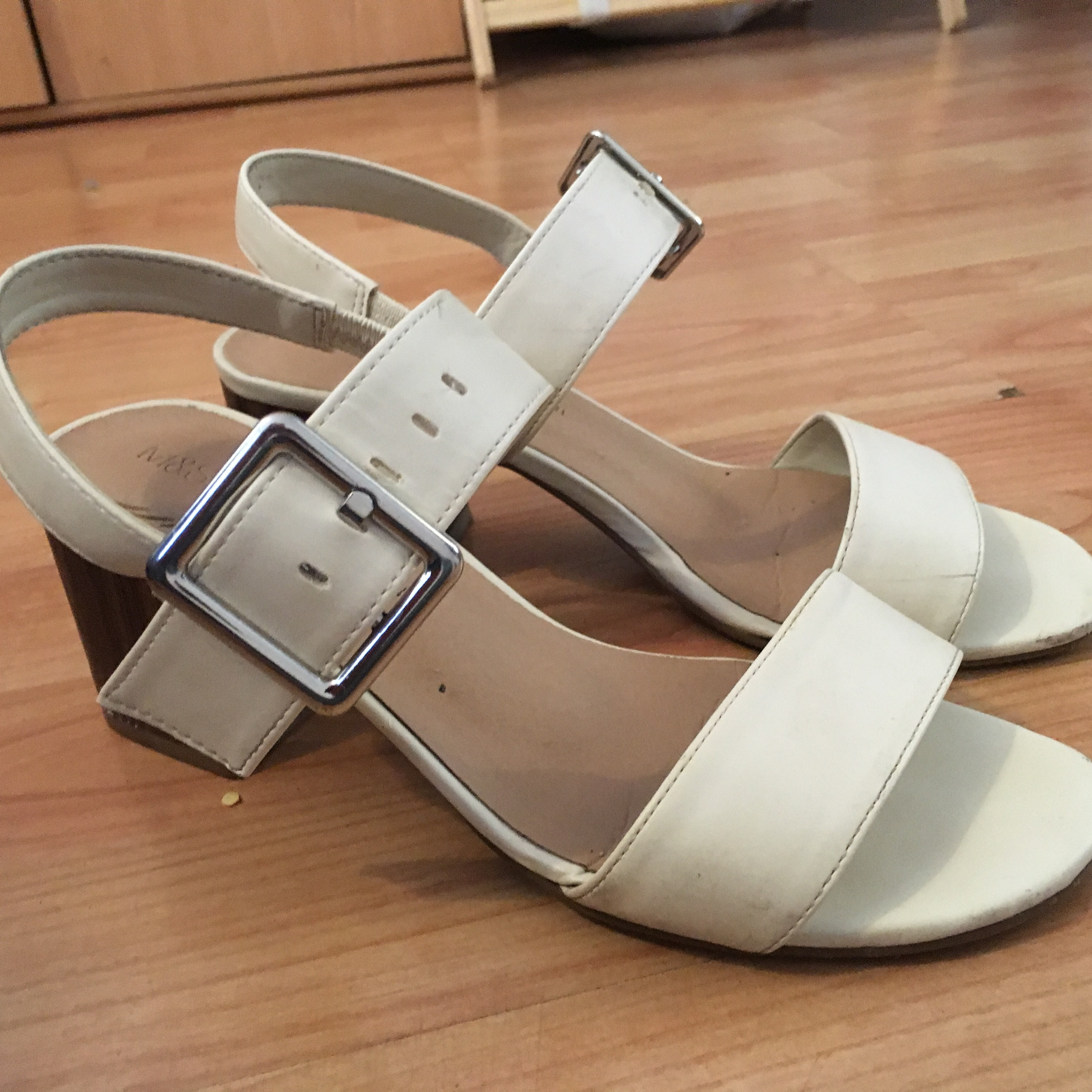 look good shoes sale discount new photos Marks and Spencer white Sandals Buckle Block heel,... - Depop