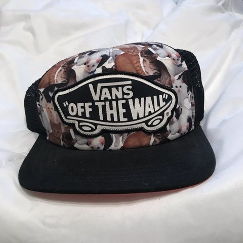 44874c2f21 PRICE REDUCED Vans Off the Wall ASPCA cat SnapBack used