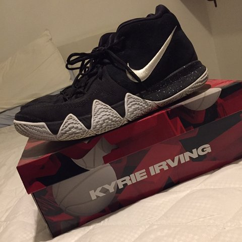 37c558ad61ee nike kyrie 4 basketball Sneakers original colours good some - Depop