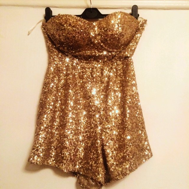 e7b10f752b ✨Reserved✨ Gold sequin play suit size 10. But I m an 8 and I - Depop
