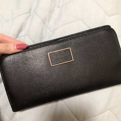 5629dd851 Ted Baker black purse wallet with grey floral inside and Has - Depop