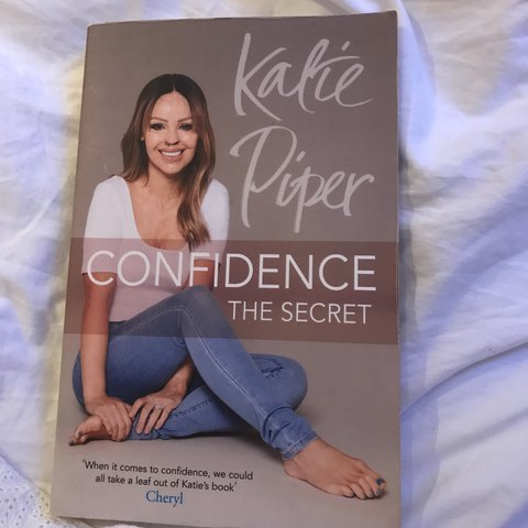 3d5db0ddaafa5 Katie piper Confidence the secret book shipping - Depop