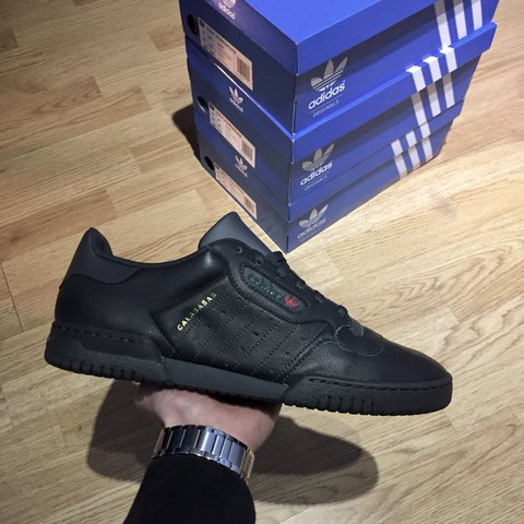 33b40e7ce9416 Yeezy Calabasas powerphase Black Deadstock Sizes uk 9.5 and - Depop