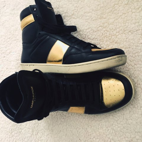8adf157a6a011 YSL MEN SAINT LAURENT SIGNATURE COURT CLASSIC HIGH TOP and - Depop