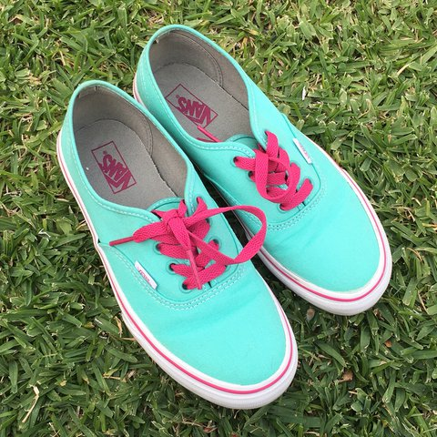 🌿 Vans women size 5 and size 3 in kid. It s beautiful and - Depop 28ba92144
