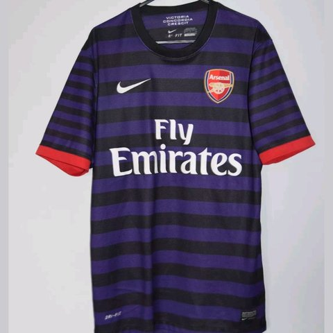 c23a8795f9d Arsenal Away Kit 2012-2013 Premier League Season - Small and - Depop