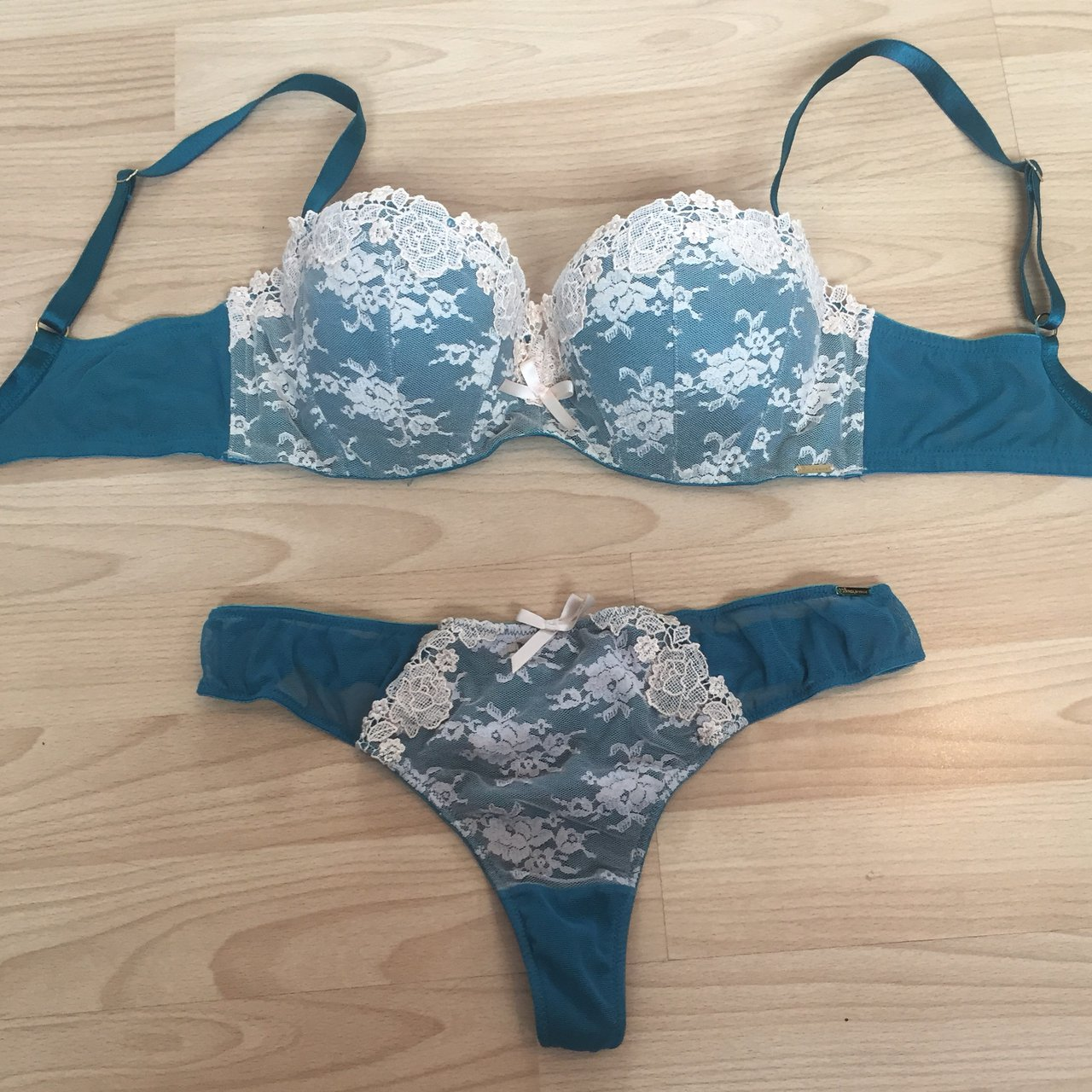 d60badd2bd5a5 Gorgeous Boux Avenue Lingerie Set Teal Dark Green with Cream - Depop