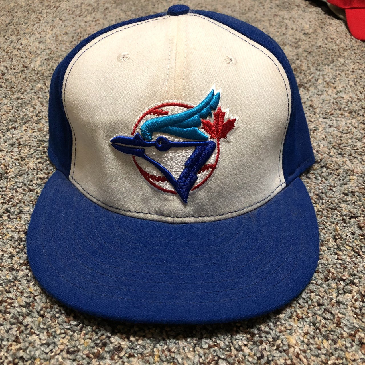 9f78332cbc0 New Era 59Fifty Fitted Blue Jays Hat Size 7 and a  Toronto - Depop