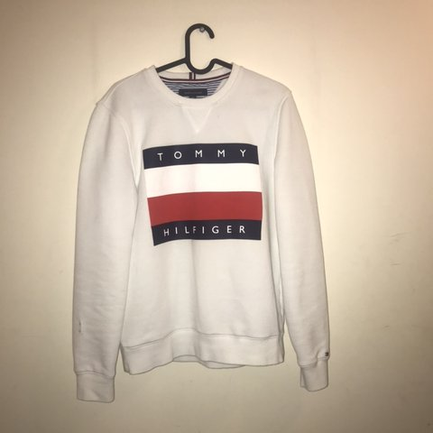 aaf5477ce PRICE DROP) Tommy Hilfiger sweatshirt / jumper Size from - Depop