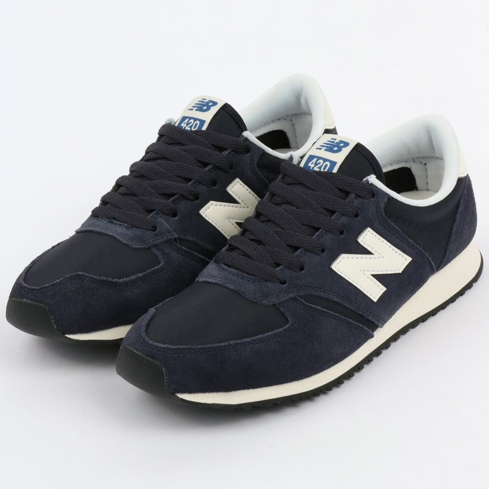 New Balance 420 women's trainers in navy Blue and... - Depop